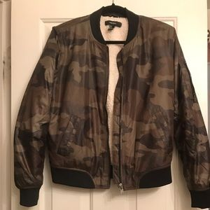 Women's Camo Bomber Jacket - SIZE: SMALL.